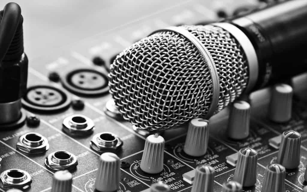 Music Equipment Microphone Dj Music 1920x1080 Widescreen High Resolution 1080p Hd Desktop Wallpaper Mr Hd Wallpapers Music Is Love Label Management